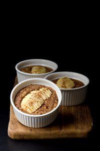 Pieczona owsianka orzechowo-czekoladowa